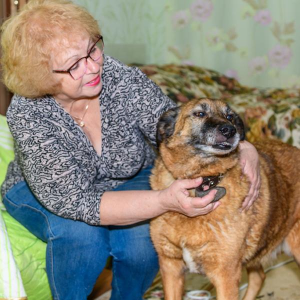 Уже 6 лет Рекс радует свою хозяйку Галину Ивановну